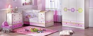 1-nursery-girls-bedroom-1-700x272